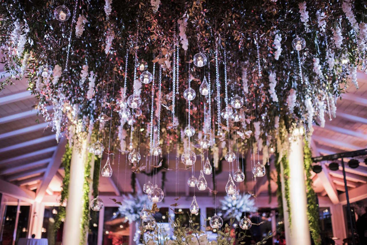 Amato allestimento floreale con soffitto di fiori e candele | Anita  WS36